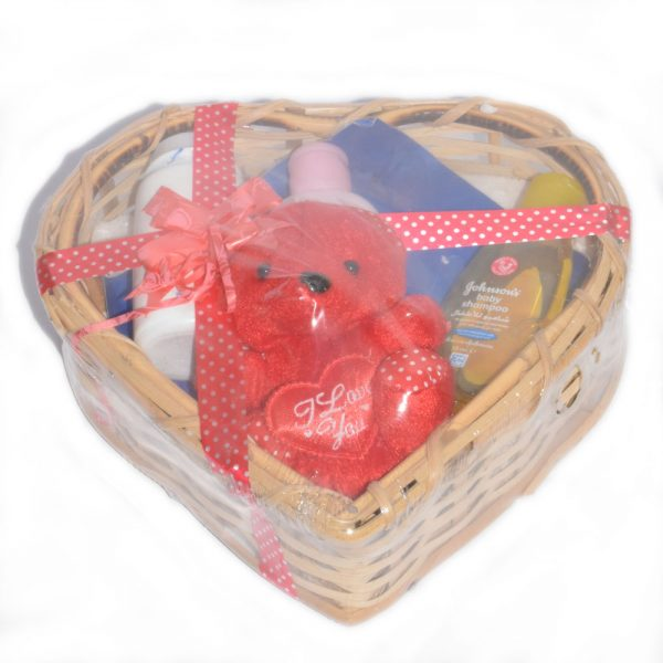 Heart Style Baby Gift With Basket Powder, Lotion & Shampoo BF24-6A2S5